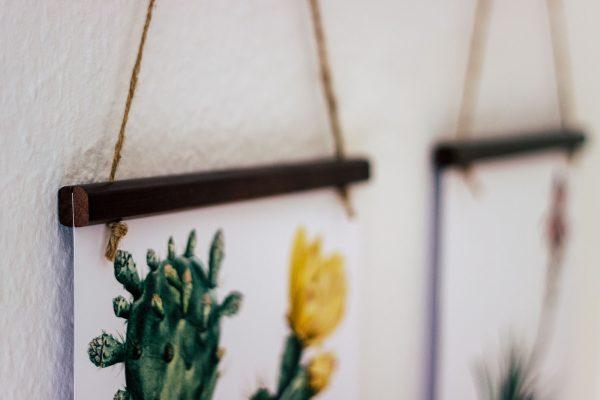 Gallery Wall | Bilderwand | Holzleisten