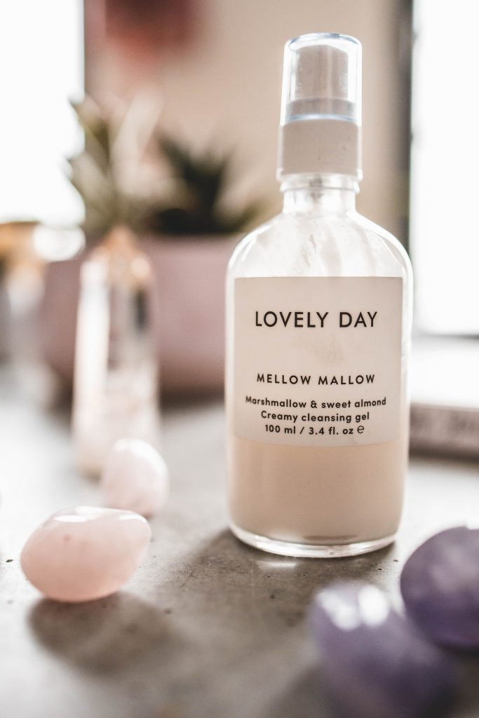 Clean Beauty Favoriten : Mellow Mallow Creamy Cleansing Gel von Lovely Day